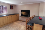 Luxury Family Unit | Kakamas Accommodation | Palmhof Chalets
